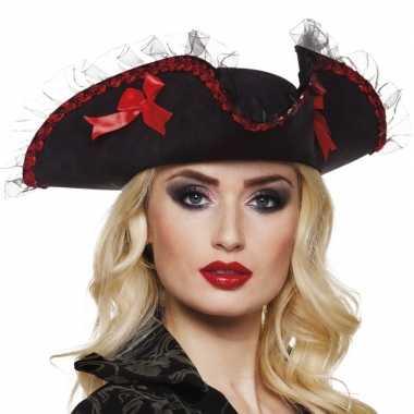 Driesteek carnavalshoed zwart rood