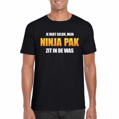 Ninja pak zit in de was heren carnaval t shirt zwart