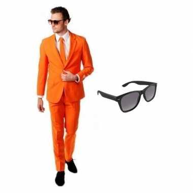 Oranje heren carnavalspak maat 52 (xl) met gratis zonnebril