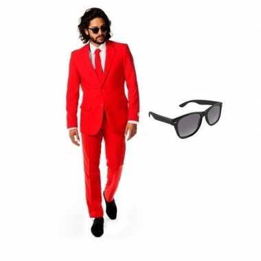 Rood heren carnavalspak maat 50 (l) met gratis zonnebril