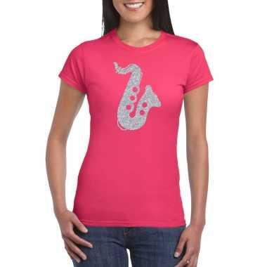 Zilveren saxofoon / muziek t shirt / carnavalspak roze dames